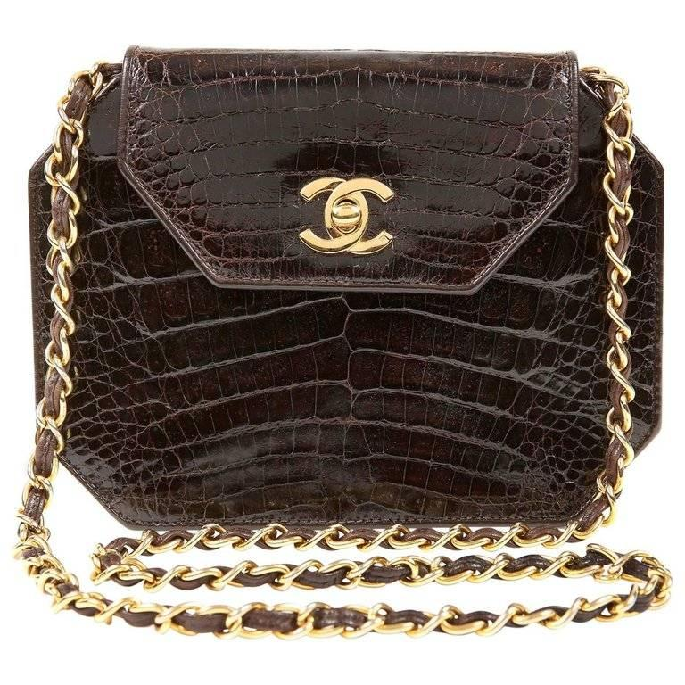 33f40ae8e21 Vintage Chanel Handbags and Purses - 3,146 For Sale at 1stdibs - Page 38