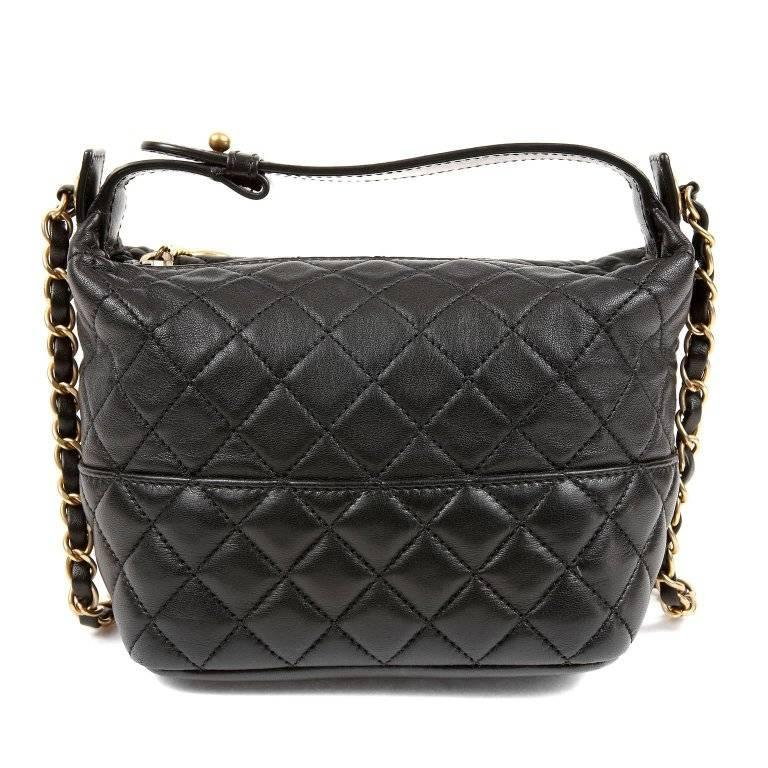 Chanel Black Quilted Leather Crossbody Bag In Excellent Condition For Sale In Palm Beach, FL