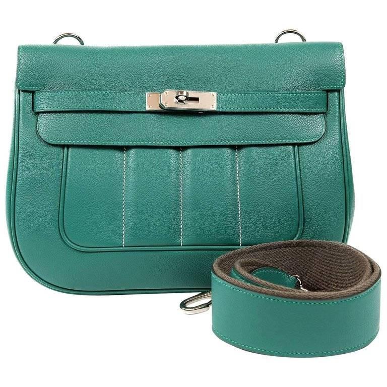 Hermes Malachite Swift Berline Bag 28 cm For Sale