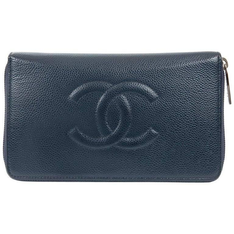 c450c28dc0e0 Chanel Navy Caviar Leather XL Zip Wallet For Sale at 1stdibs