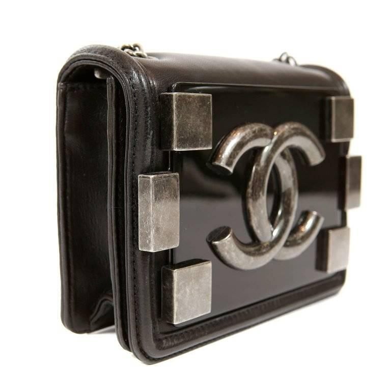 316a51e1a7 Chanel Boy Brick Cross Body Bag in Black In Excellent Condition For Sale In  Palm Beach