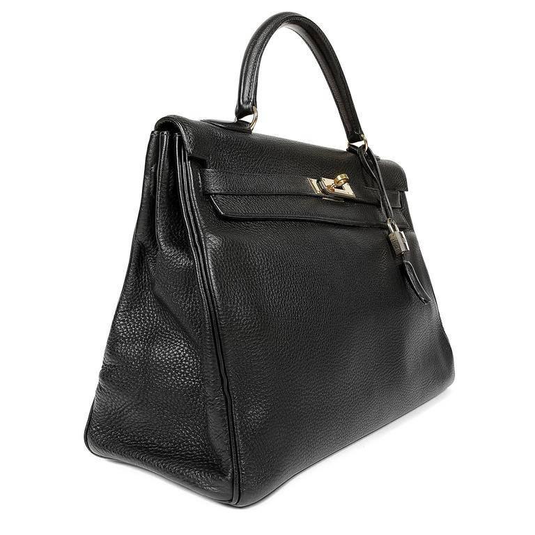 Hermes Black Togo Kelly Bag- 35 cm with Gold In Excellent Condition For Sale In Palm Beach, FL