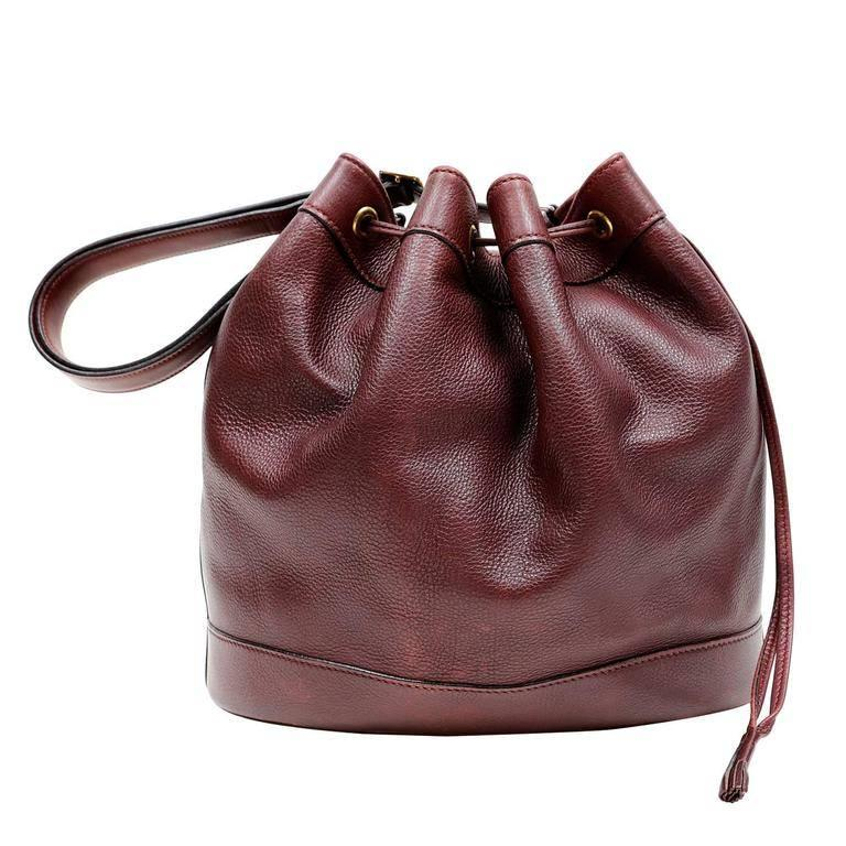Hermes Bordeaux Leather Vintage Market Bucket Bag For Sale