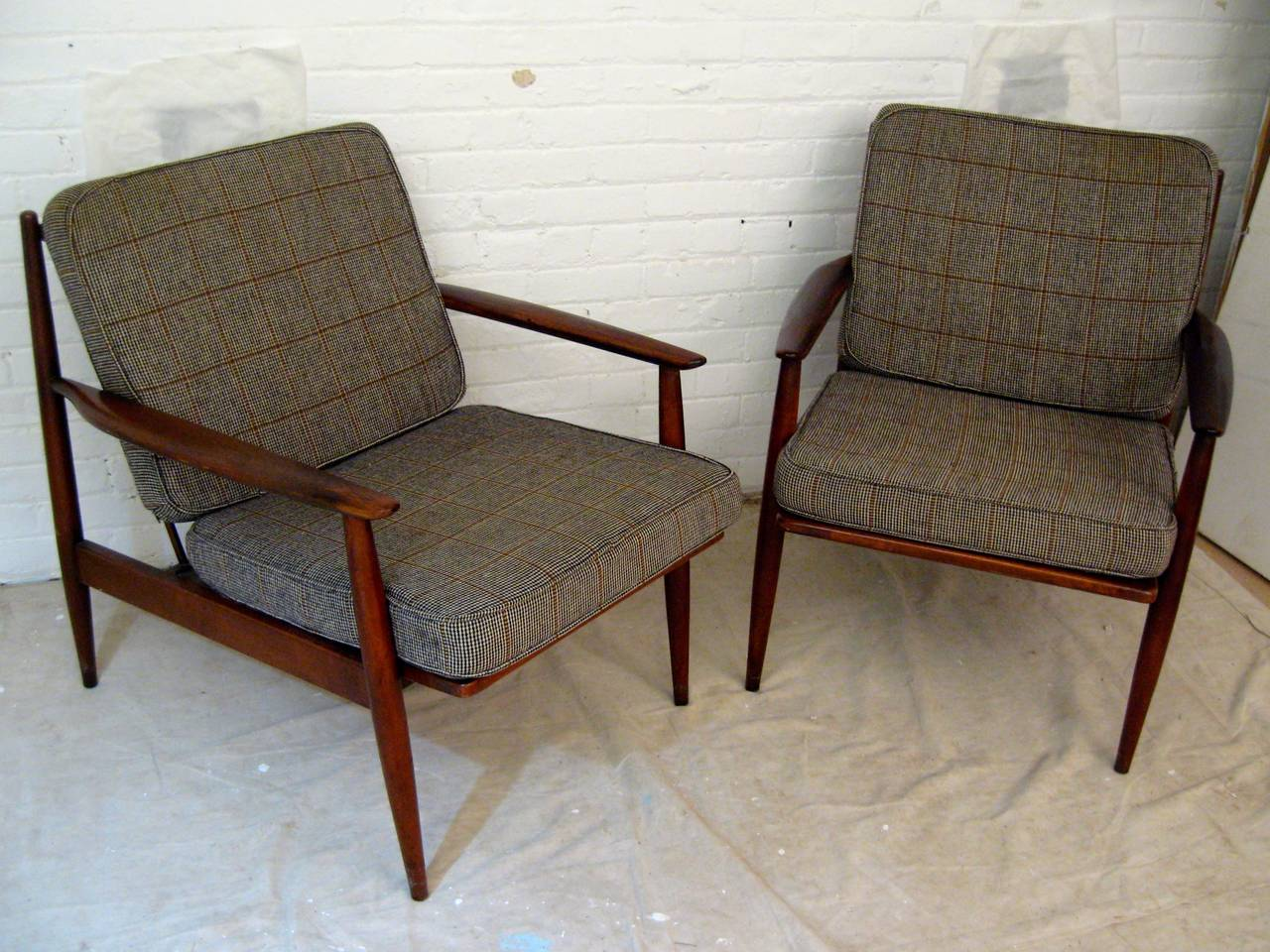 Pair Of Modern Baumritter Lounge Chairs