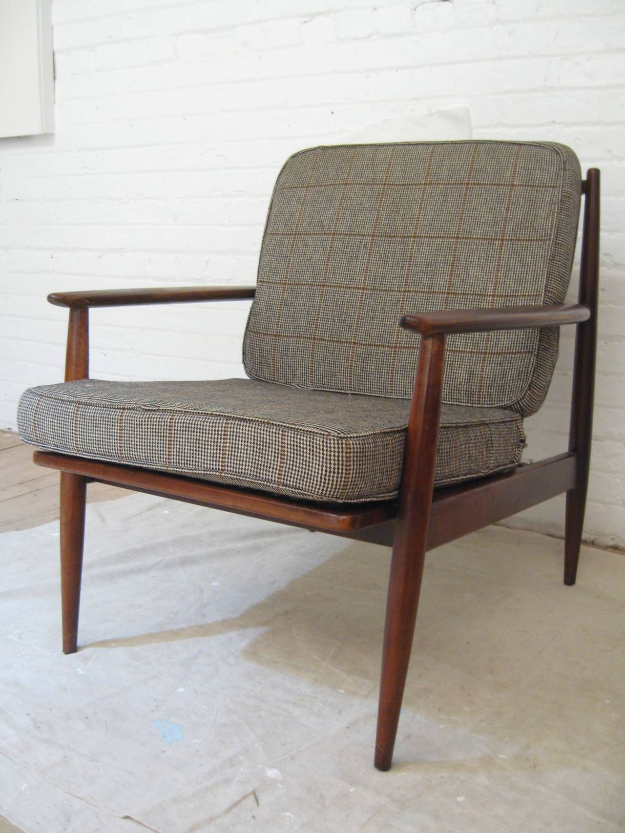 Pair Of Modern Baumritter Lounge Chairs At 1stdibs