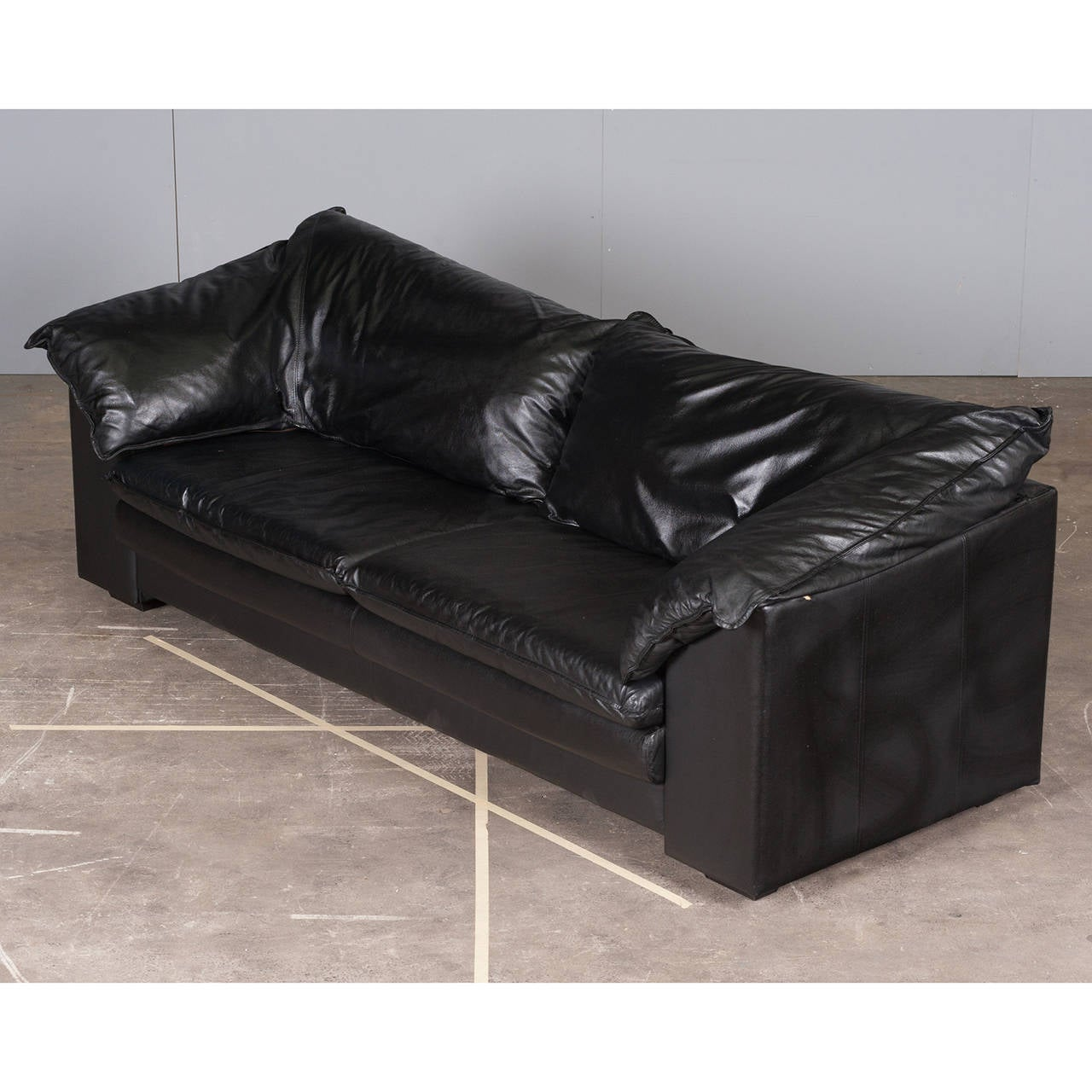 Italian ThreeSeater Sofa in Black Leather by Skalma, 1980s image 3
