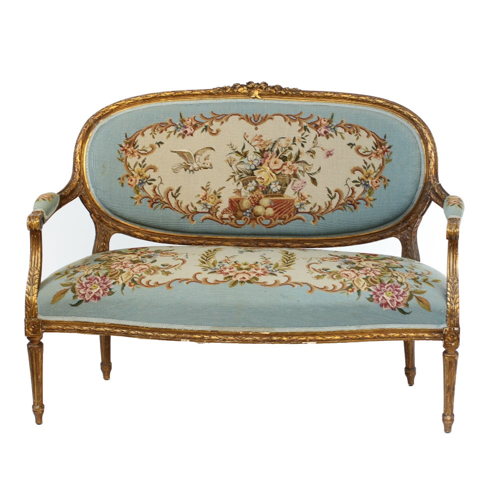 Louis xv three piece gilt salon suite with aubusson for Salon louis xv
