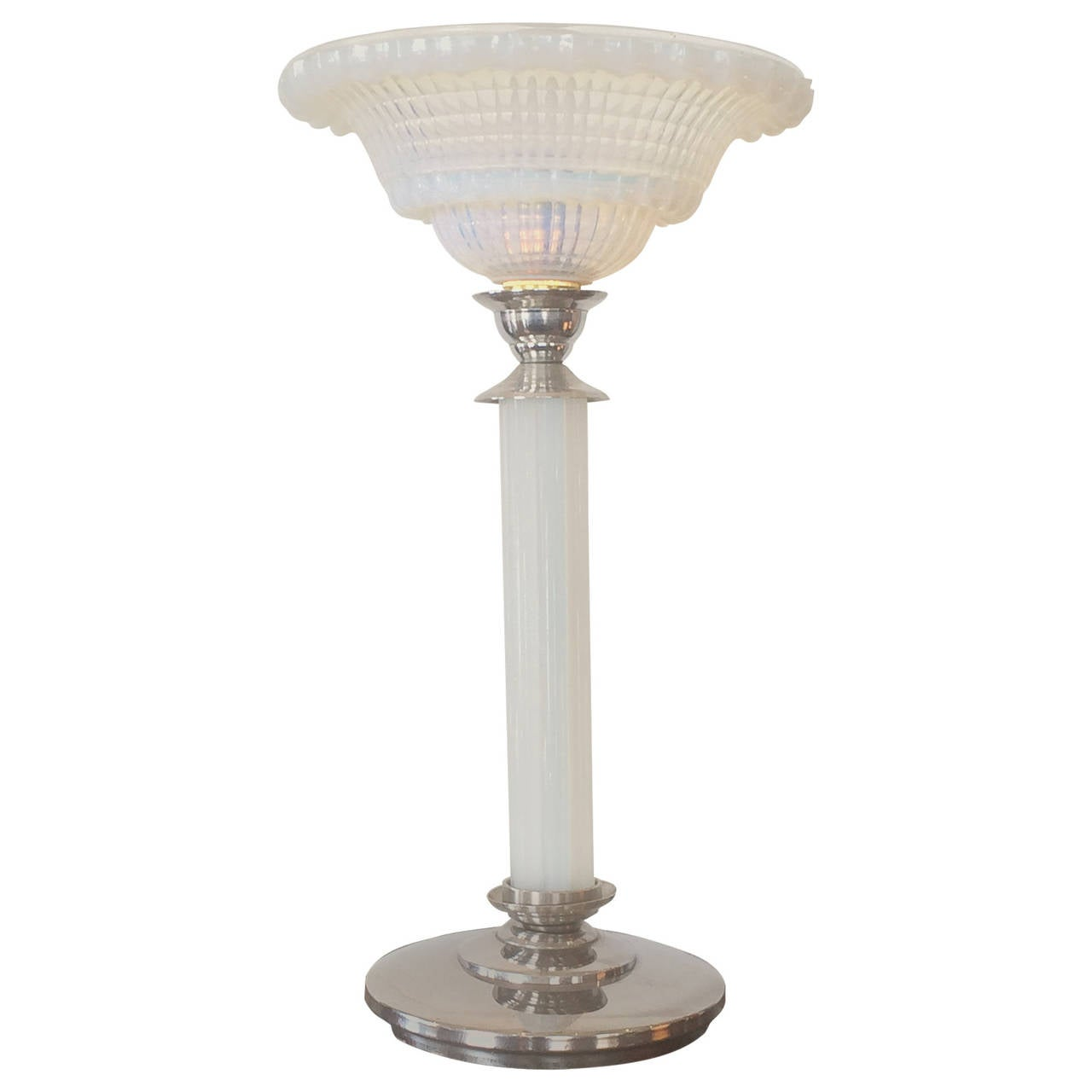 Art Deco French Glass Table Lamp With Opalescent Ezan