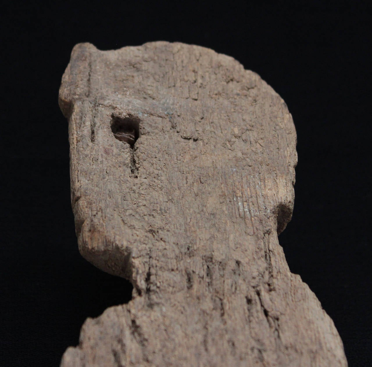 Egyptian Wood Fragment, Standing Pharaoh, Possibly a Chair Fitting, Late Period In Good Condition For Sale In Geelong, Victoria