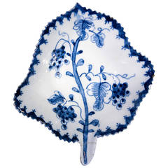 Lowestoft Leaf Pickle Dish, Blue and White Vine Pattern,  circa 1765