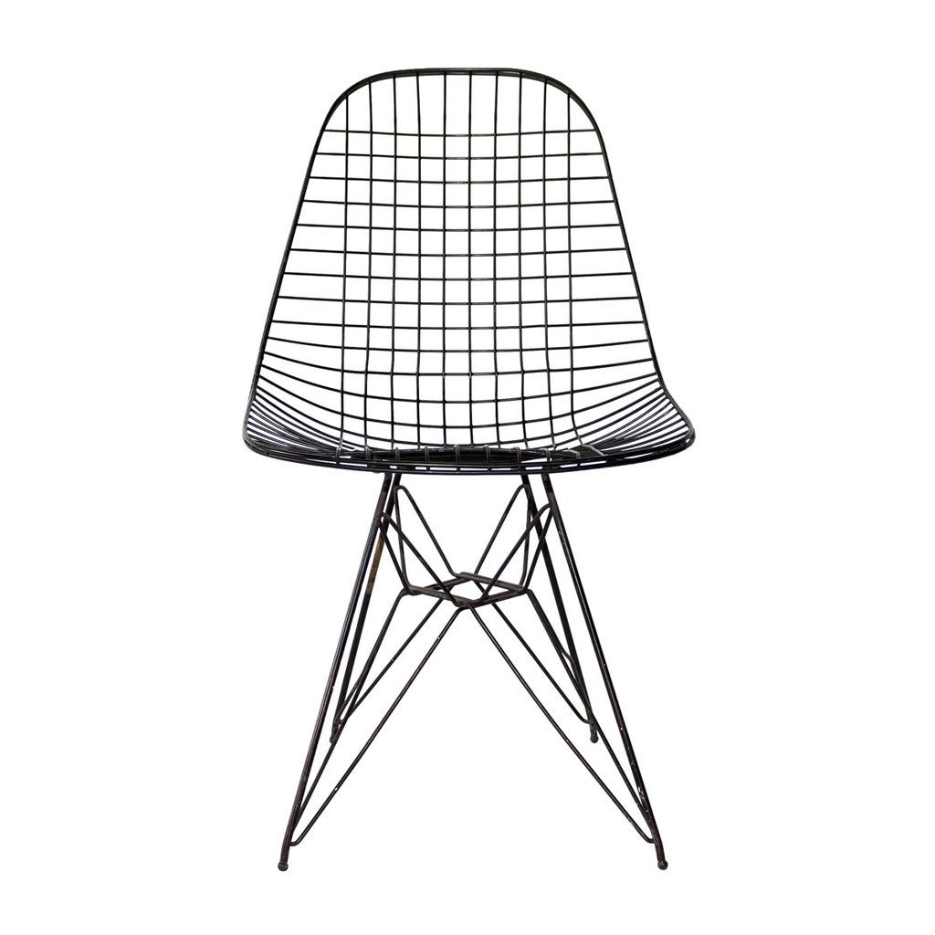 eames wire mesh side chair for sale at 1stdibs. Black Bedroom Furniture Sets. Home Design Ideas
