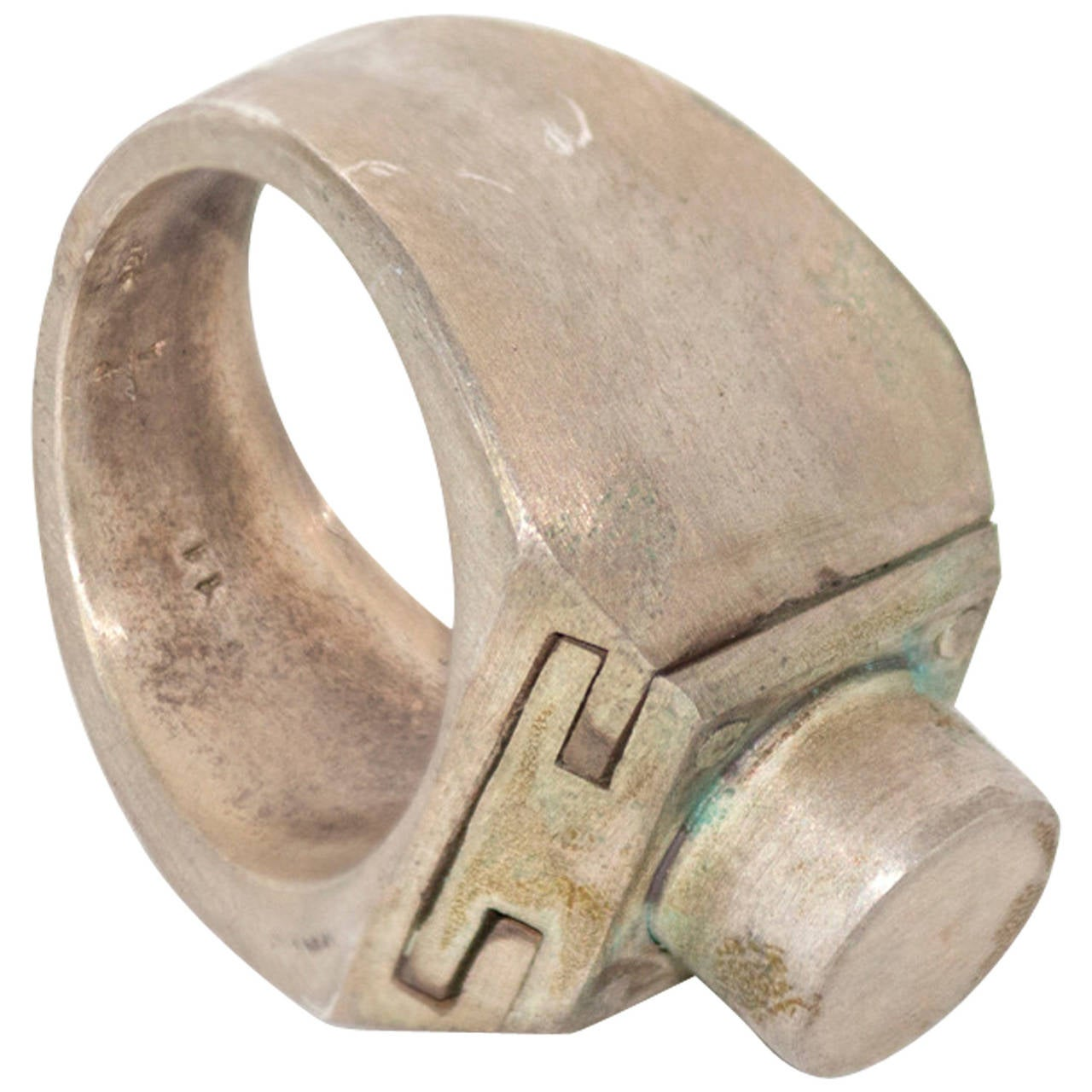 Sistema Ring by Parts of Four