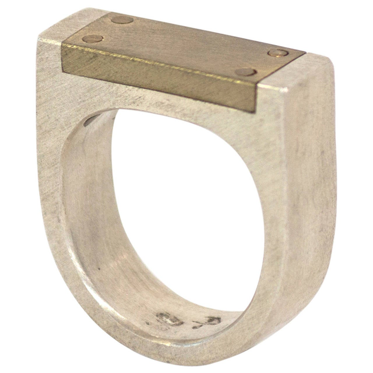 Plane Ring by Parts of Four