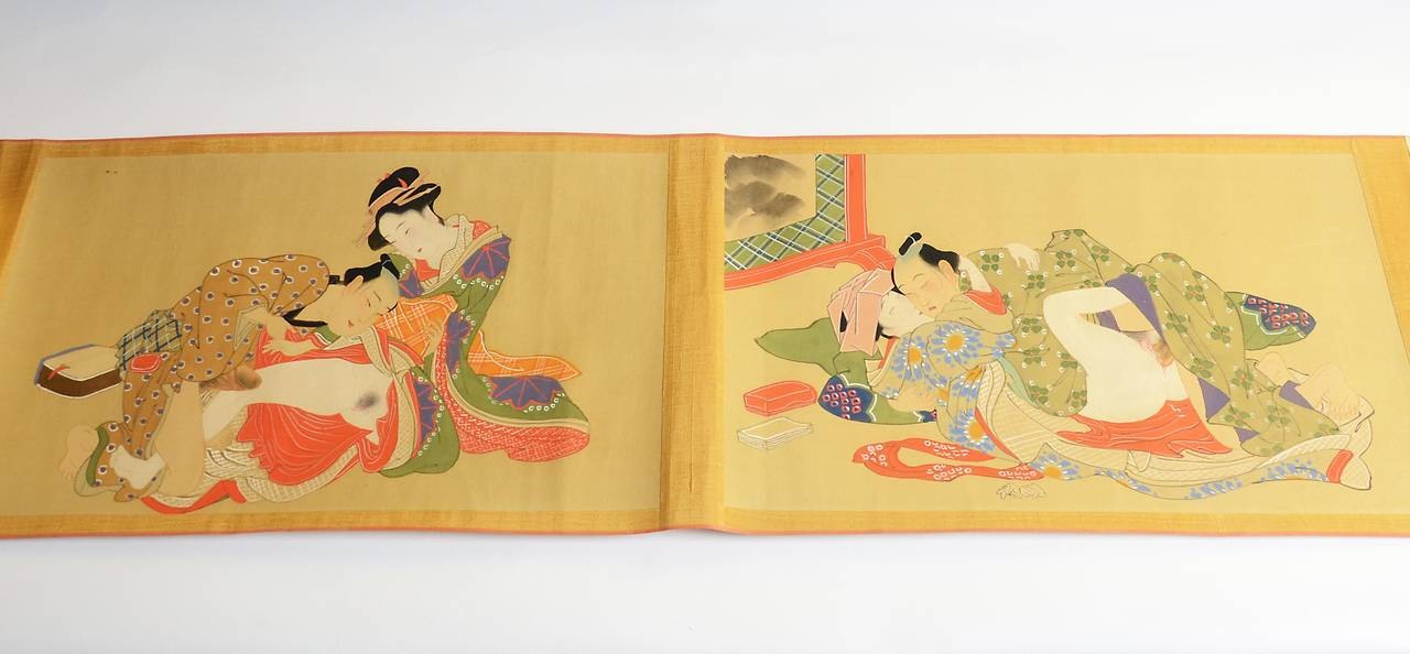 Top Vintage Japanese Erotic Shunga Scroll, Early 20th Century For Sale  WV82