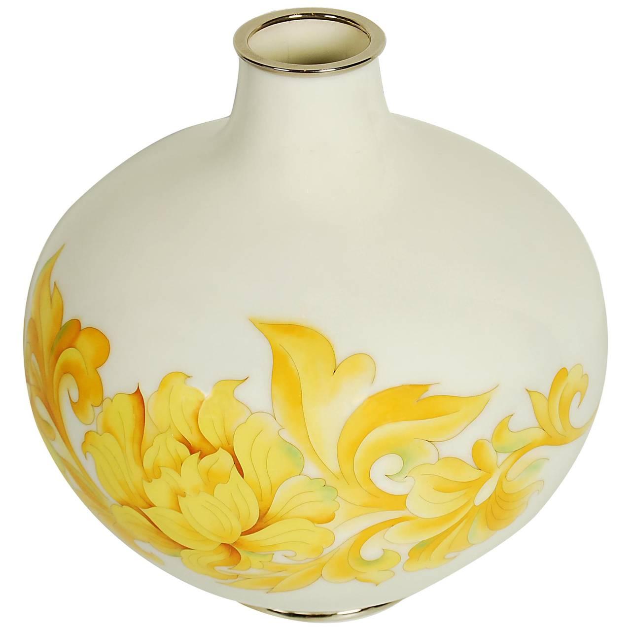 Vintage japanese ando cloisonne vase 20th century for sale at 1stdibs vintage japanese ando cloisonne vase 20th century for sale reviewsmspy