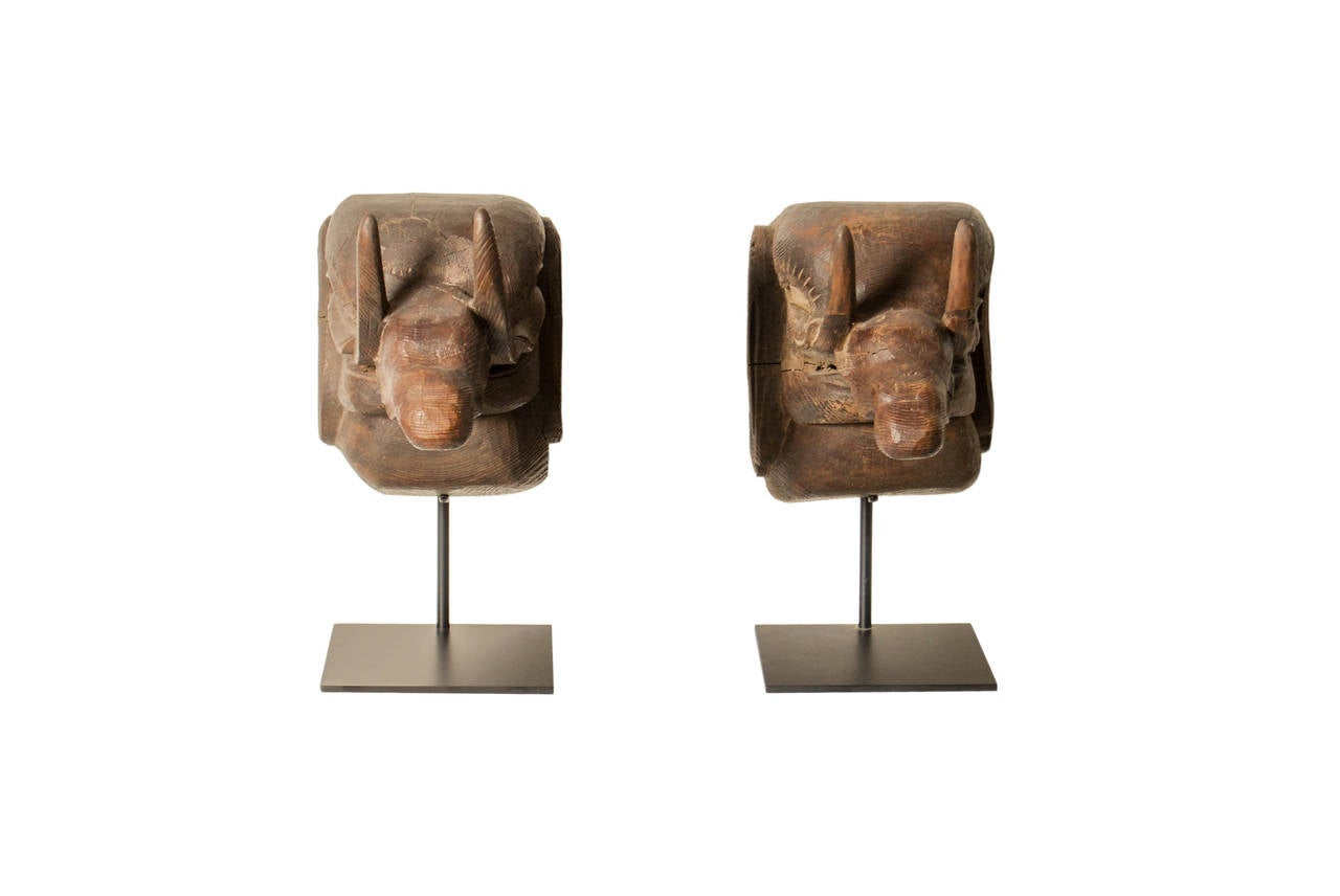 Pair of Antique Japanese Carved Baku Elephants, Edo Period, 18th Century In Excellent Condition For Sale In Prahran, Victoria