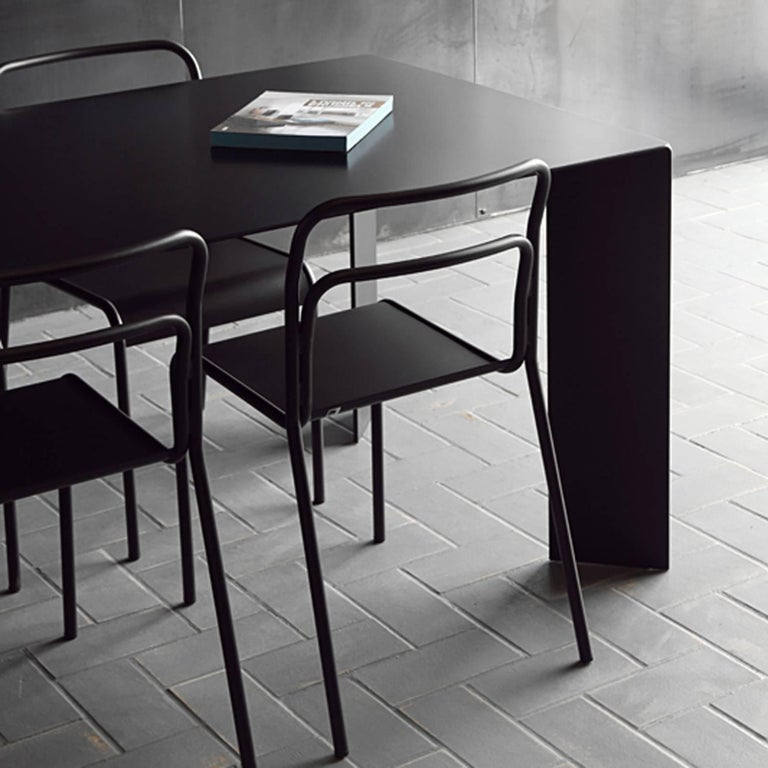 Hand-Crafted Acier Black Dinning Table in Handcrafted Steel For Sale