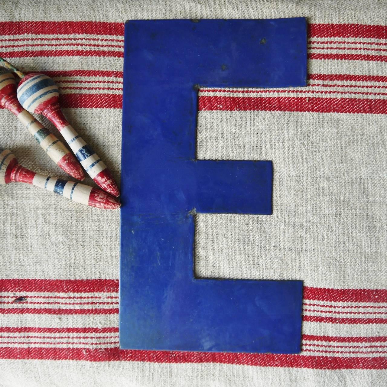 Vintage enamel letters at 1stdibs for Furniture 5 letters