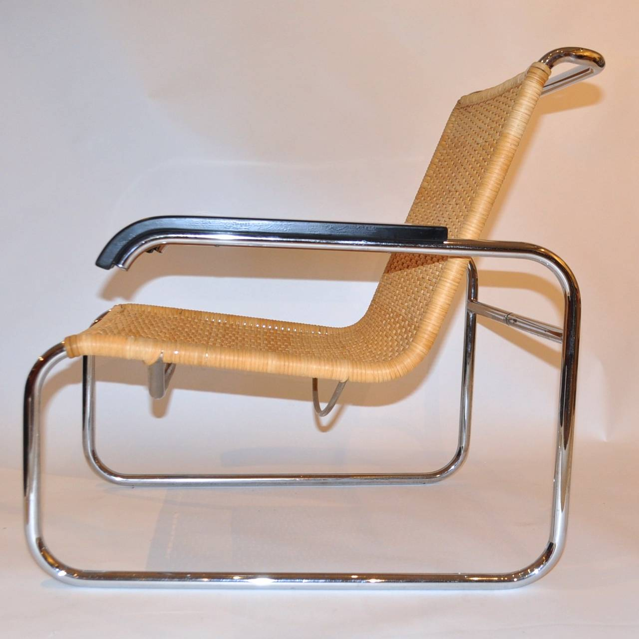 Delicieux Bauhaus Pair Of Marcel Breuer B35 Lounge Chairs For Sale