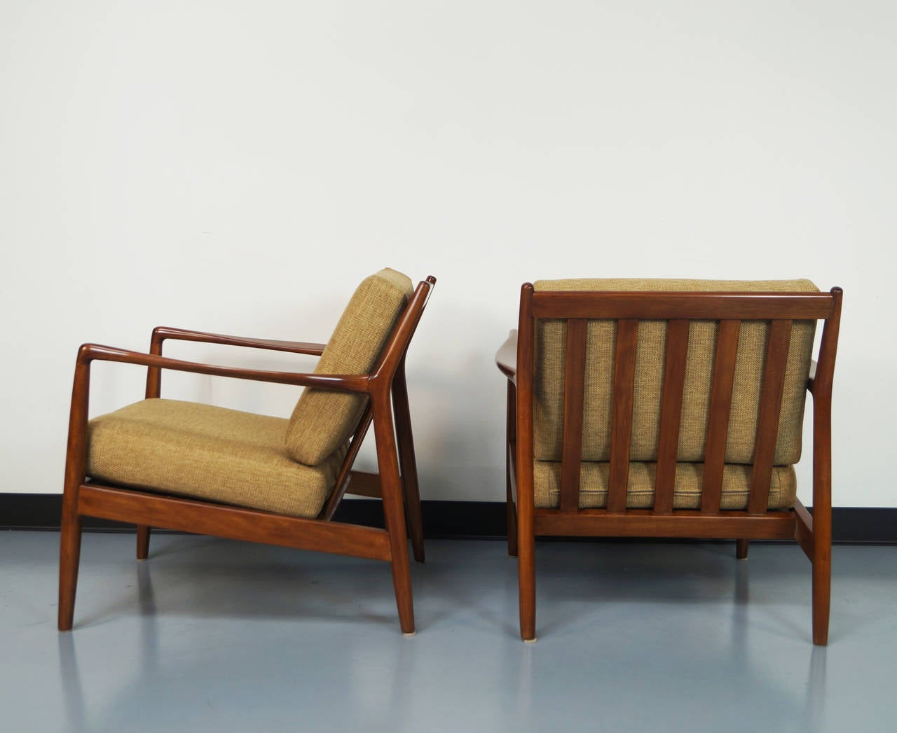 Mid century lounge chairs by folke ohlsson at 1stdibs Mid century chairs