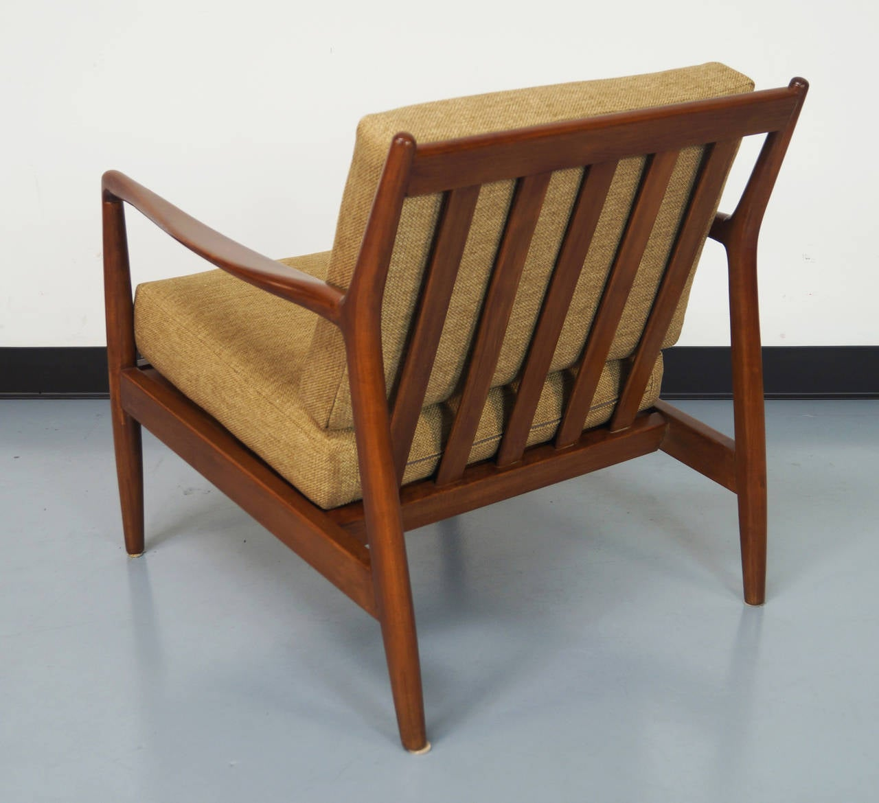 this mid century lounge chair by folke ohlsson is no longer available