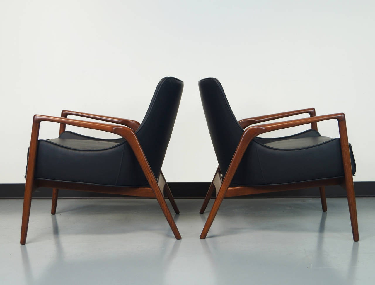 This sculptural pair of lounge chairs by ib kofod larsen is no longer - Danish Modern Leather Lounge Chairs By Ib Kofod Larsen 2