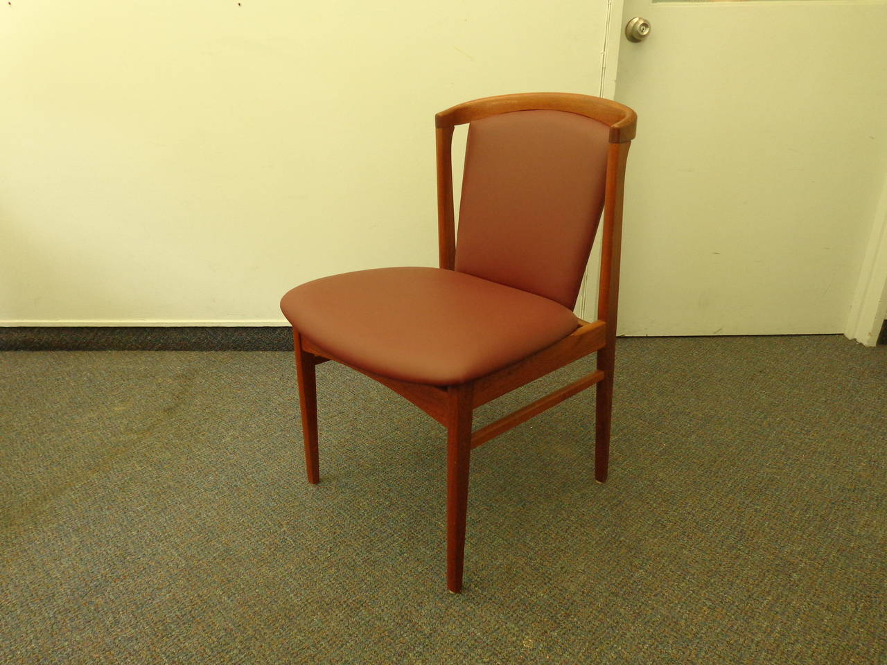 Erik Buch Set of Four Teak Dining Chairs Reupholstered in Leather In Excellent Condition For Sale In Ogdensburg, NY