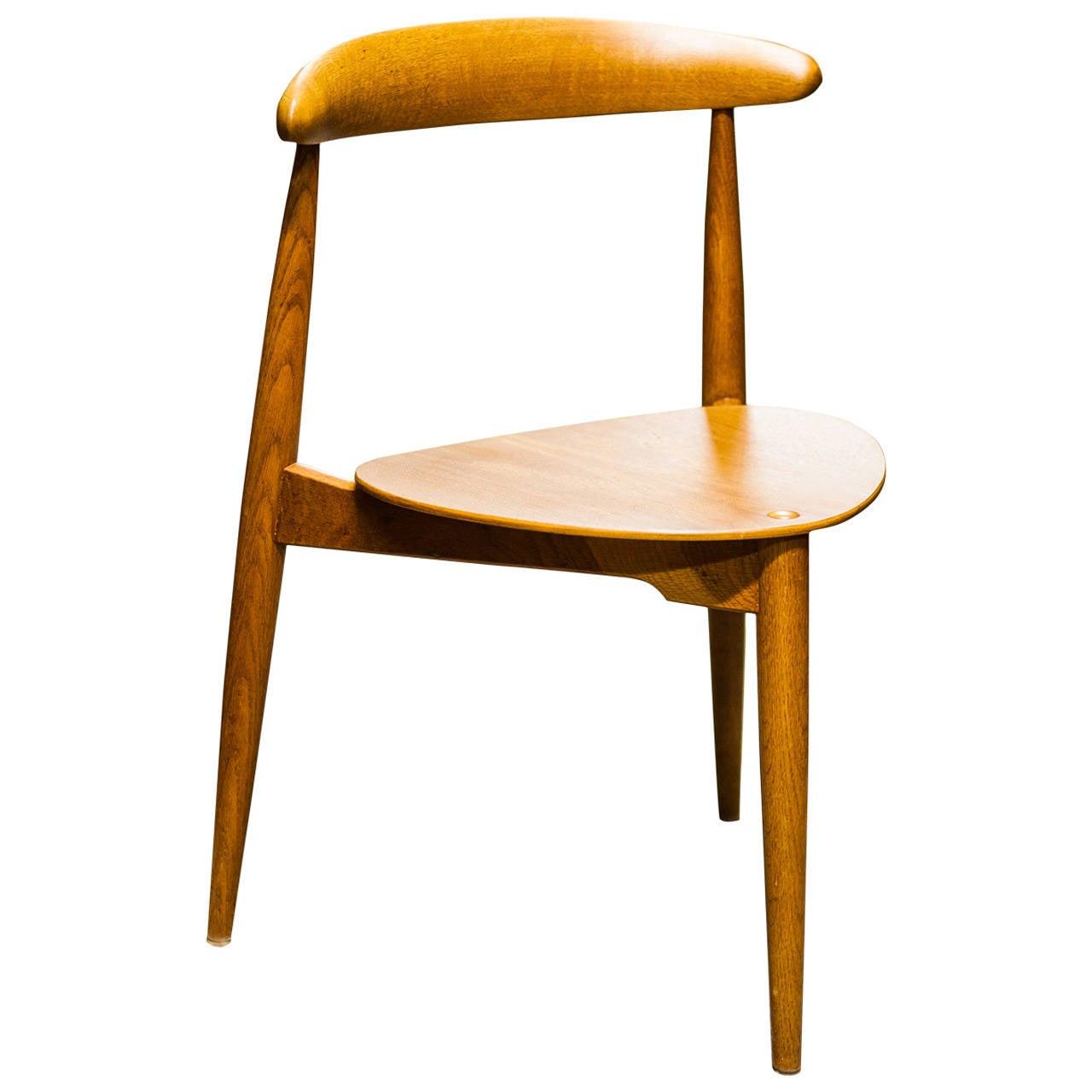 hans j wegner heart chair at 1stdibs. Black Bedroom Furniture Sets. Home Design Ideas