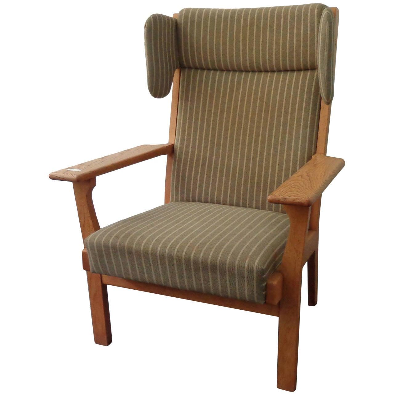 hans j wegner wing armchair ge 181 for sale at 1stdibs. Black Bedroom Furniture Sets. Home Design Ideas