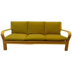 Hans J Wegner GE 671 GETAMA Sofa in Oak