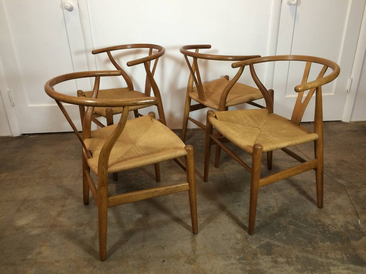 Set of Four Early Production Wishbone Chairs by Hans Wegner 4