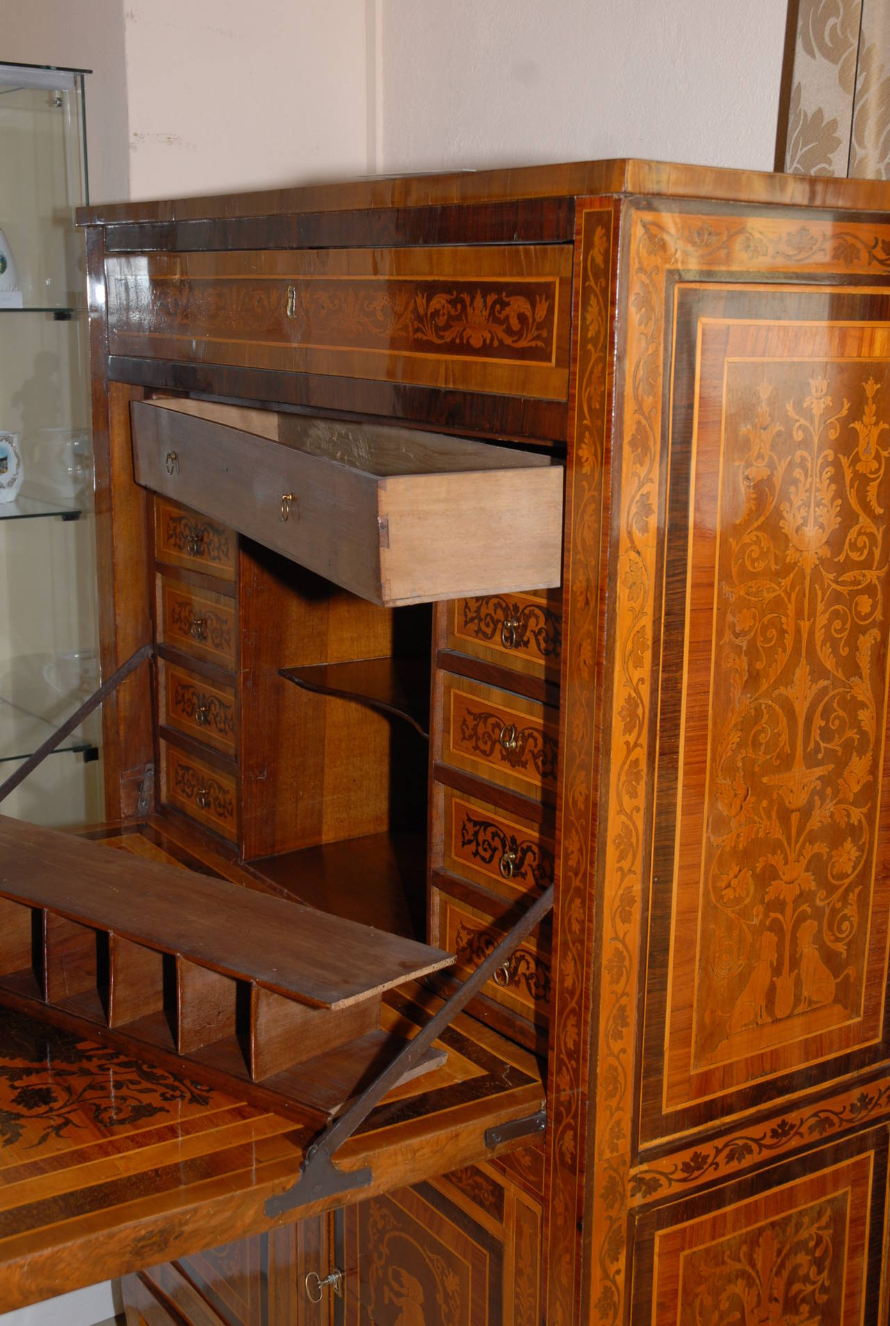 18th century italian marquetry inlaid secretaire a abattant at 1stdibs. Black Bedroom Furniture Sets. Home Design Ideas