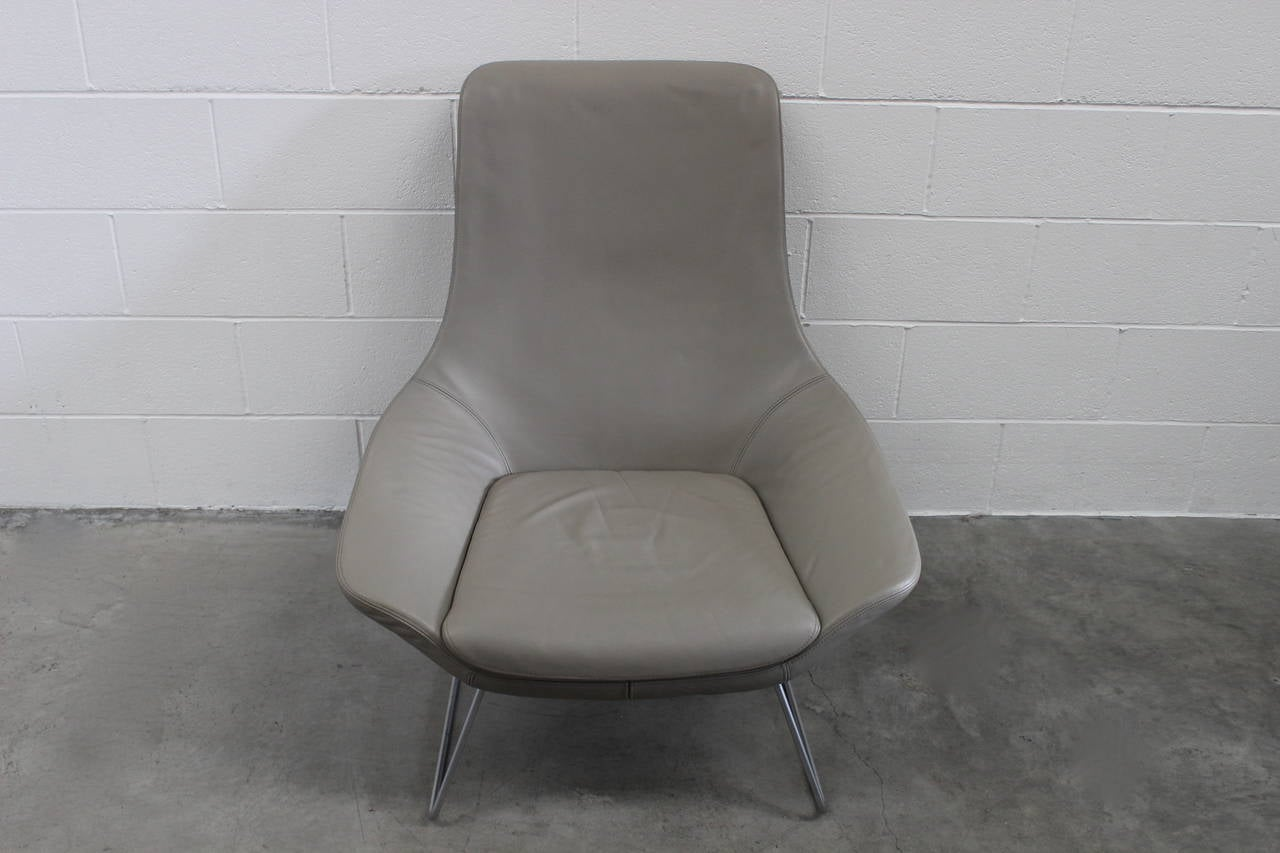 walter knoll flow 210 10 armchairs in grey leather by pearsonlloyd for sale at 1stdibs. Black Bedroom Furniture Sets. Home Design Ideas