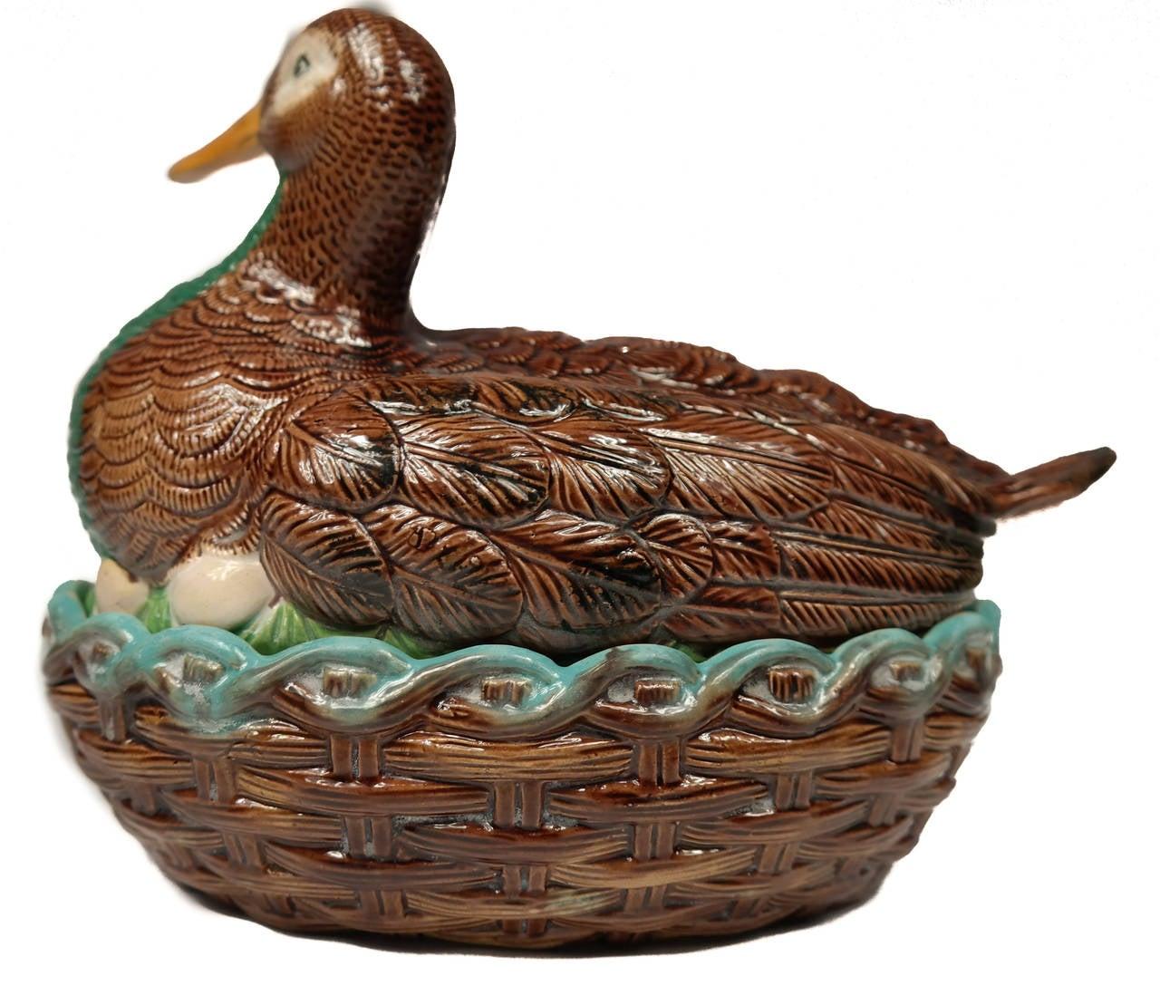 William Brownfield Majolica Duck-on-Nest Tureen In Good Condition In Banner Elk, NC