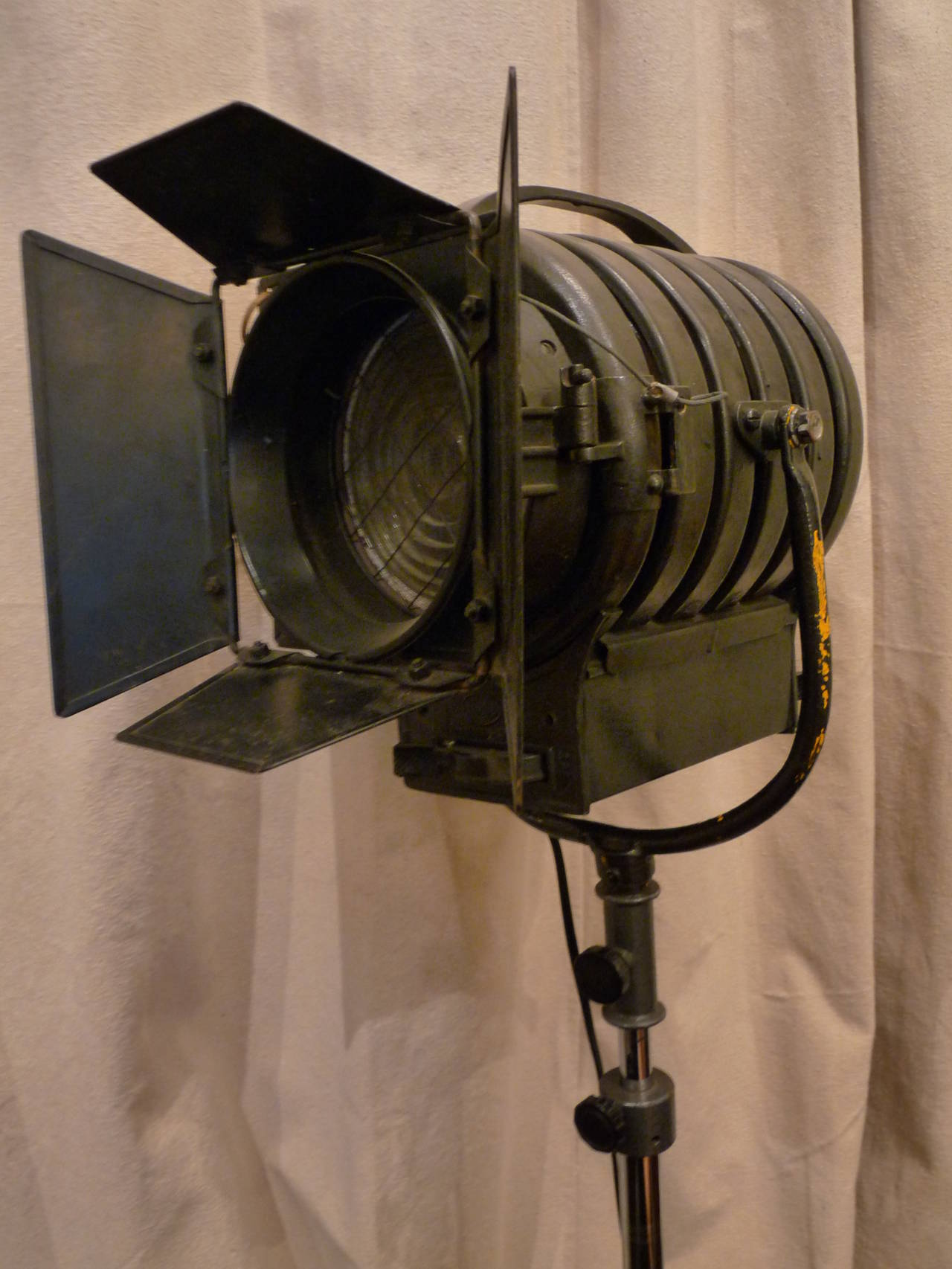 London theatre lamp for sale at 1stdibs for The lamp light theater