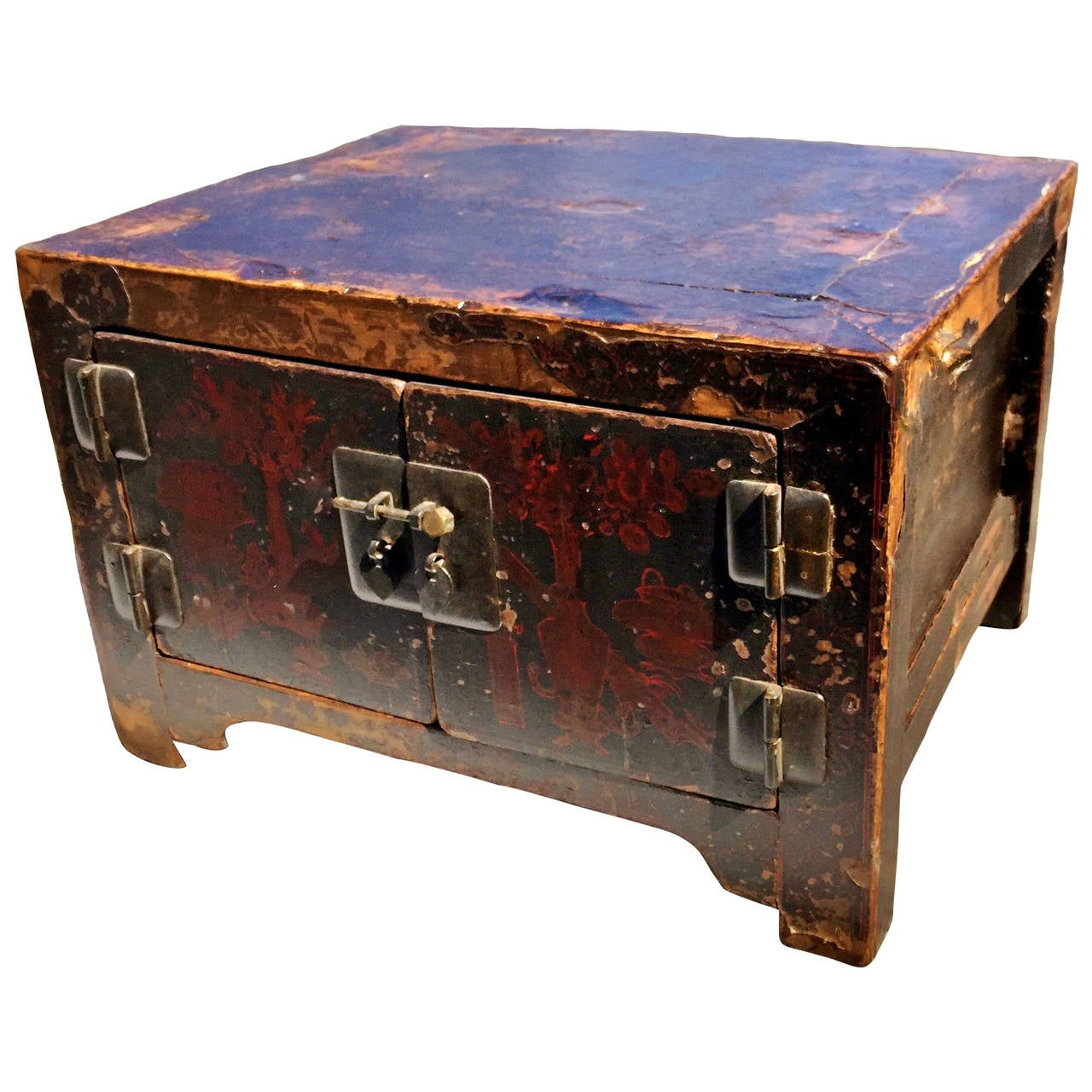 18th Century Chinese Antique Lacquered Treasure Chest Or Jewelry Box At 1stdibs