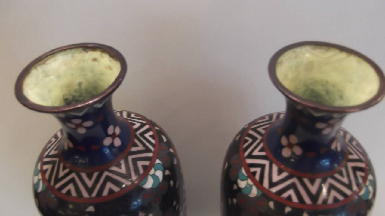 Pair of meiji period japanese cloisonne vases with rosewood stands a fine pair of vibrant cloisonn slender vases with antique rosewood stands these are a reviewsmspy