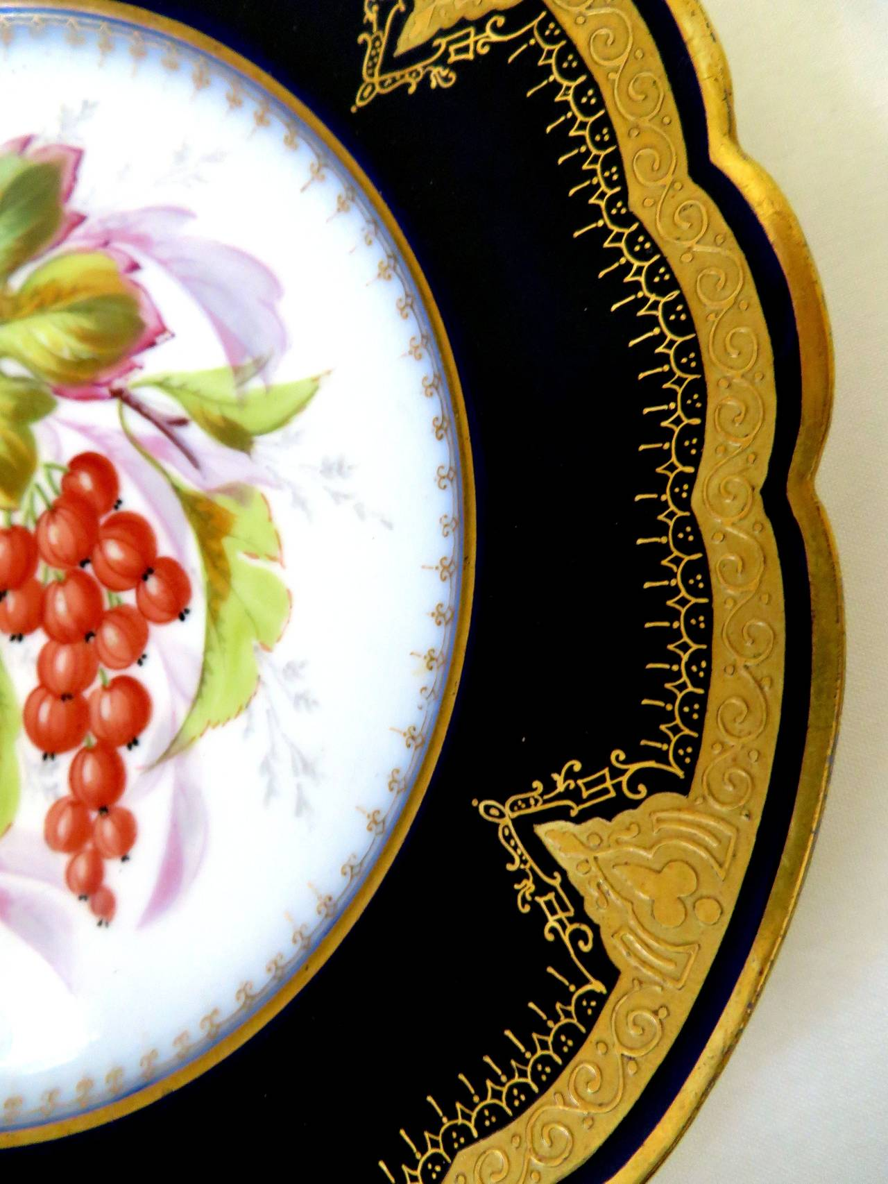 Porcelain Plates with Fruit Motifs For Sale 1