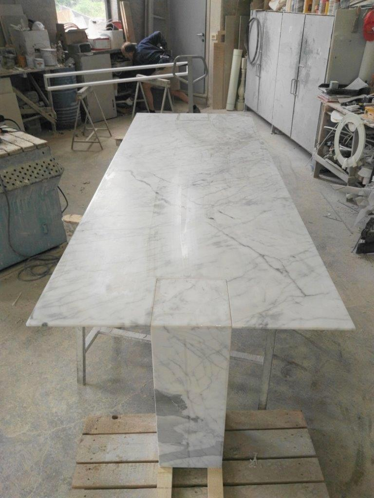 A rectangular console table in Bianco Del Re stone that is perfect for any home. Perfect for any home. Please inquire for information about other marble material choices.