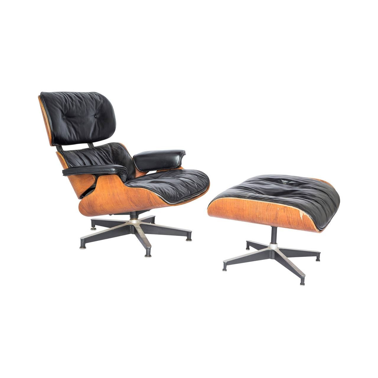 Eames Lounge Chair and Ottoman For Sale at 1stdibs