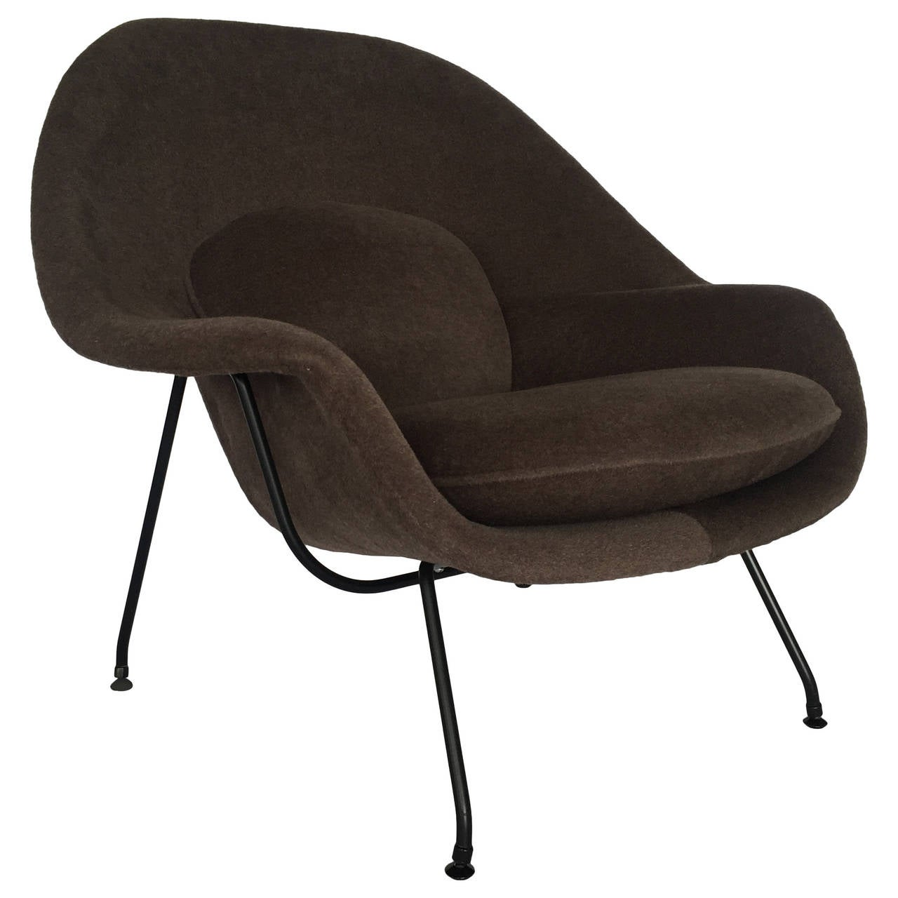Loro piana alpaca wool 39 womb 39 chair by eero saarinen for for Knoll and associates