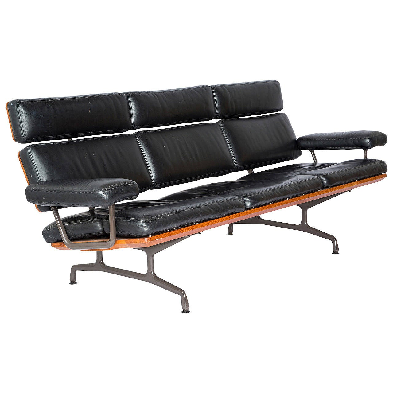 1st year production very rare ray and charles eames three seat sofa at 1stdibs. Black Bedroom Furniture Sets. Home Design Ideas