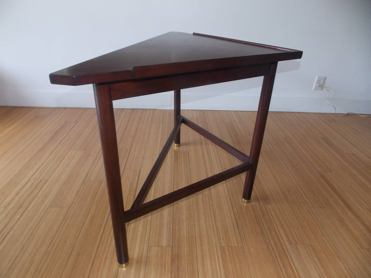 edward wormley dunbar triangle console table at 1stdibs. Black Bedroom Furniture Sets. Home Design Ideas