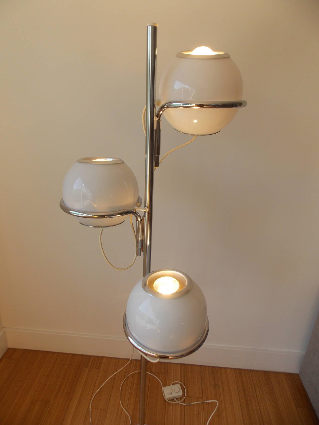 Vintage Italian Design Floor Lamp By Reggiani 1960s At