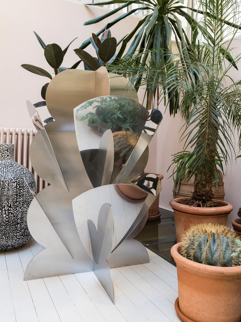 Steel sculpture produced in a limited edition of 250 pieces. Each piece is engraved with the signature of Dino Gavina, Centro Duchamp,