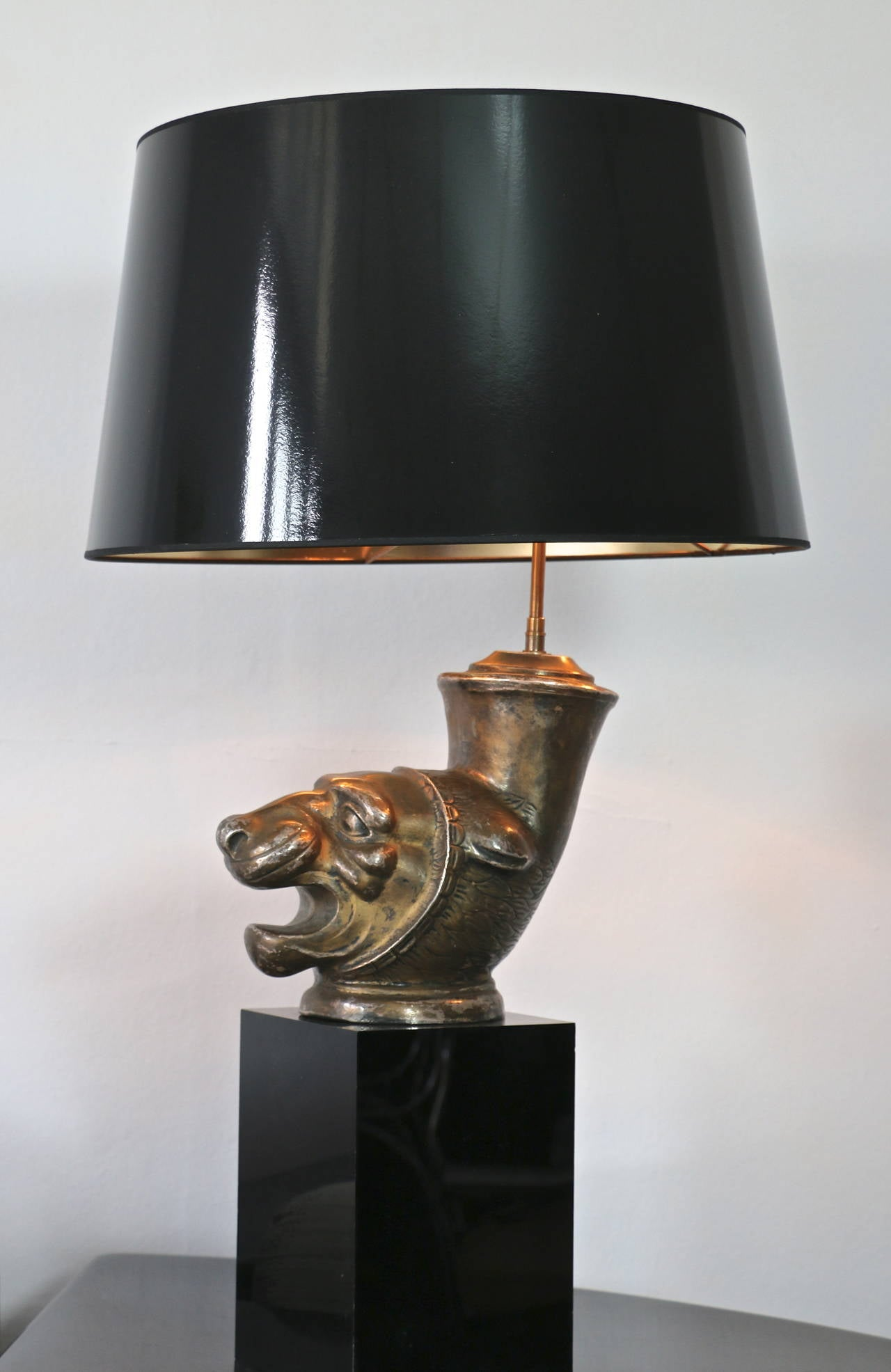 this pair of 39 animals 39 table lamps is no longer available. Black Bedroom Furniture Sets. Home Design Ideas