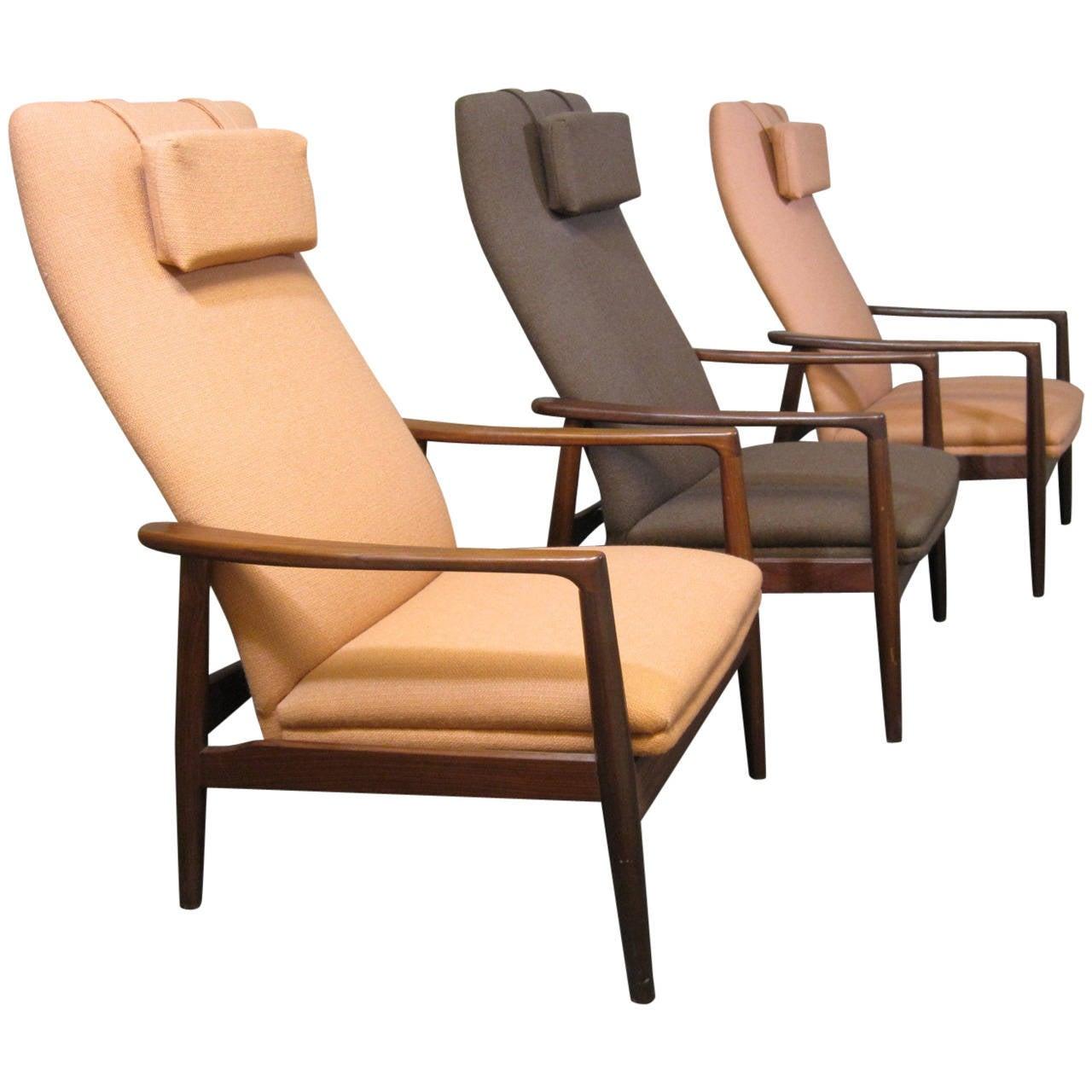 Scandinavian Teak Reclining Lounge Chairs at 1stdibs