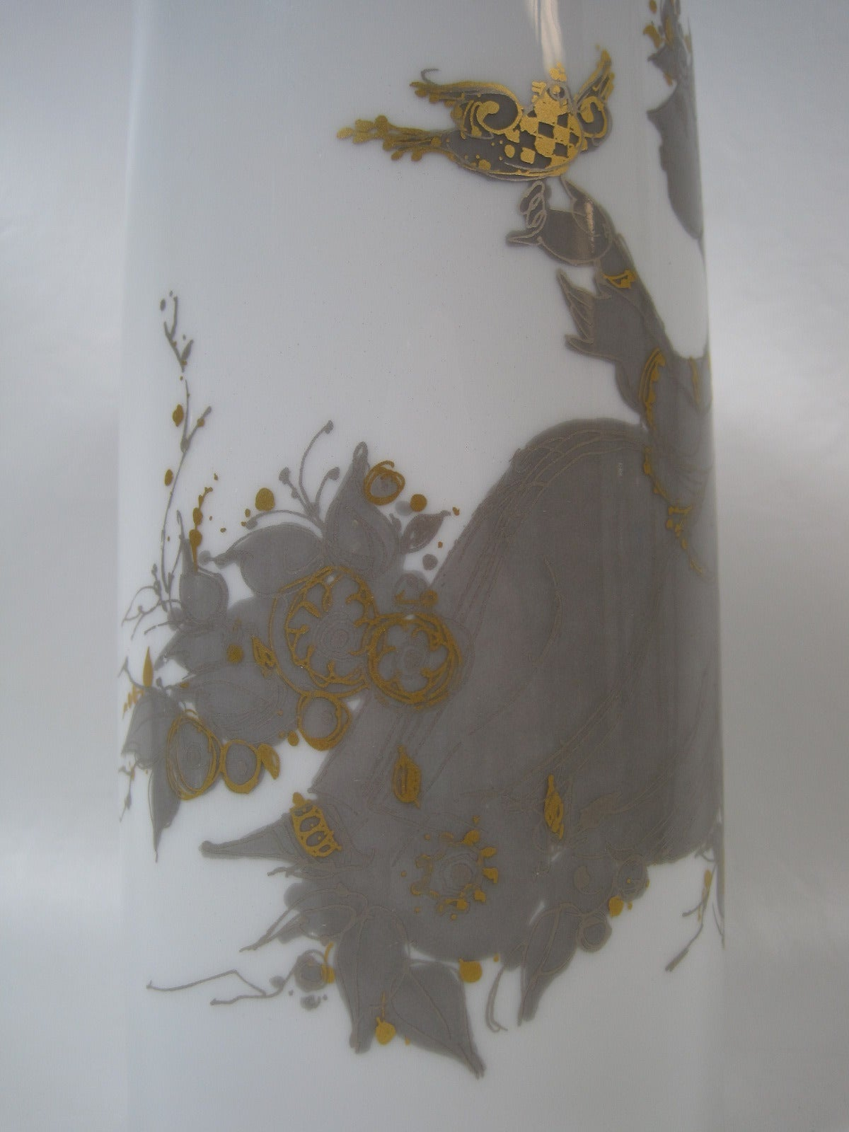 Bjorn Wiinblad vase by Rosenthal, Mid-Century Modern.  Mid-Century Modern / Scandinavian Modern