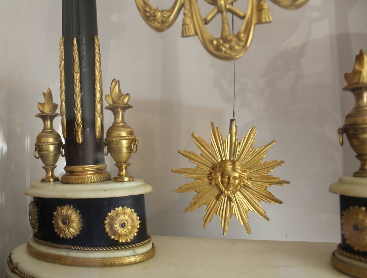 French Empire Period Marble and Ormolu Clock, Early 19th Century For Sale 6