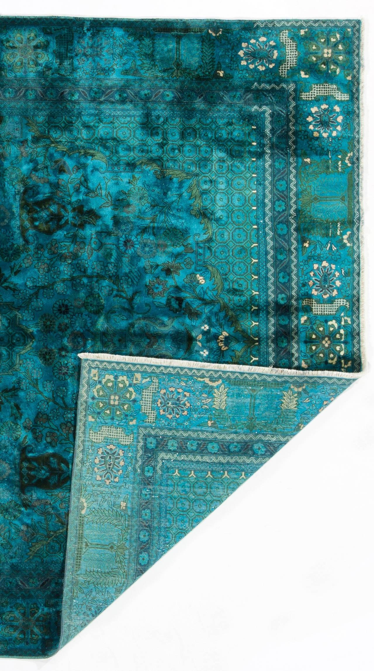 Silk And Cotton Indian Rug In Teal Blue Color For Sale At